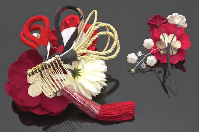 SOUBIEN Ornament Two Points Set Red Crimson Rose Mallow