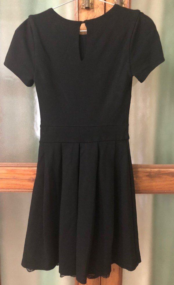 RootsandLeisure_PreOwned_ZaraBlackDress2