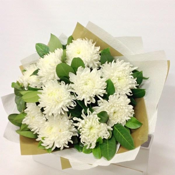 RootsandLeisure_ChrysanthemumBouquet