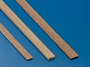 Holzprofile und Brettchen