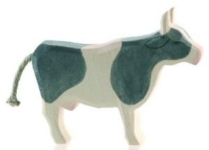Kuh schwarz stehend | Ostheimer