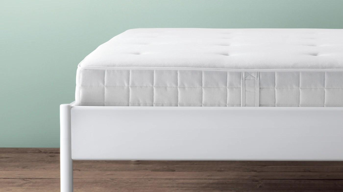 matelas confortables pour adultes et