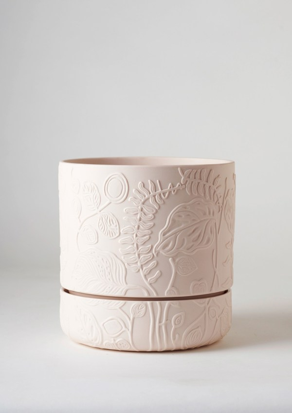 Folia-Relief-Plant-Pot-Soft-Pink-1