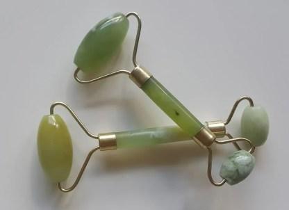 Ilutooted. Jade kivist roller. Nefriidist, Jadeiidist massaažiroller näole ja kehale
