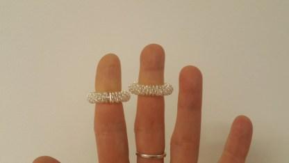 Massaaži ja akupunktuuri sõrmus massaažiks sõrmele. sõrmede akupunktuur