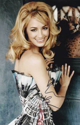 Beth Behrs In-person Autographed Photo