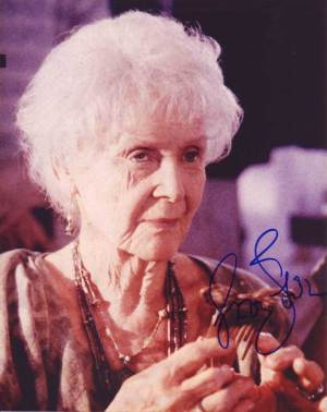 Gloria Stuart in-person autographed photo