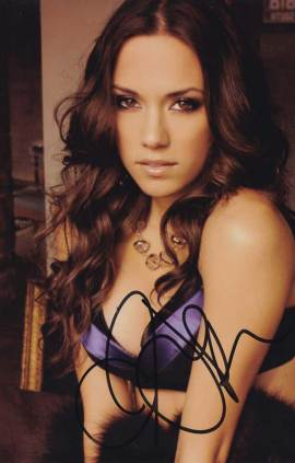 Jana Kramer in-person autographed photo