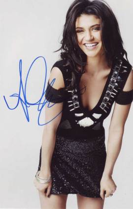 Jessica Szohr in-person autographed photo
