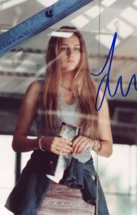 Leelee Sobieski in-person autographed photo