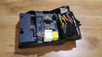 small resolution of 7703397911 fuse box renault megane 2001 1 6l