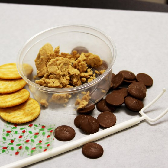 ritz cracker set up