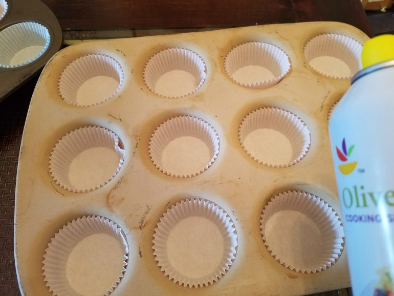 Grease Cupcake Pan