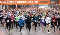 Thousand of runners take off down 4th street in at the start of 5k Turkey Day Run Thursday November 26, 2015 in Minneapolis, MN.] Jerry Holt /Jerry.Holt@Startribune.com