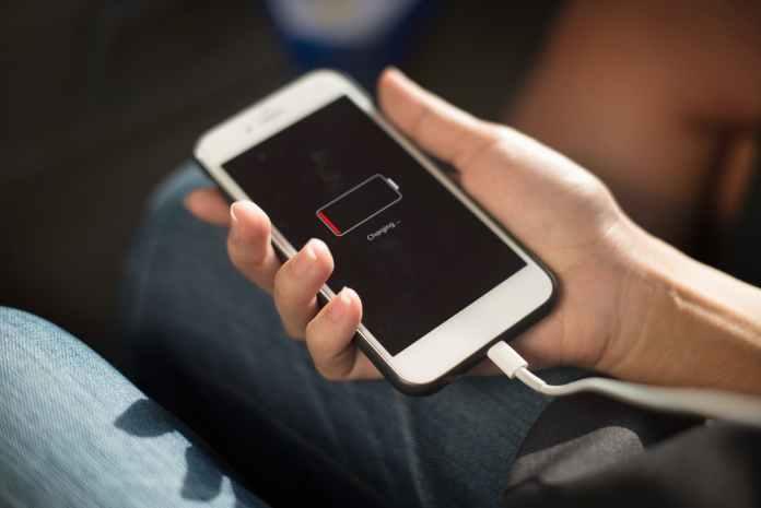 4 Cara Mudah Mengatasi Android yang tidak bisa di Charge