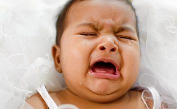 Menenangkan Bayi yang Menangis