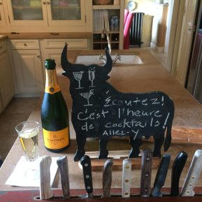 Our taste-test of Veuve in a Provençale kitchen!