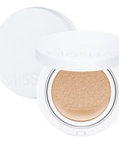 Missha-Magic-Cushion-Moist-Up1-min