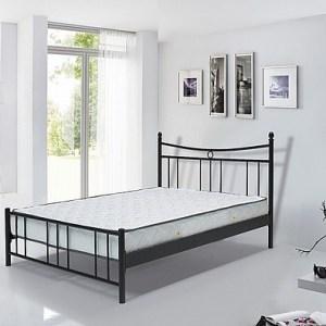 מיטת מתכת זוגית דגם רטרו מבית Twin Design 1
