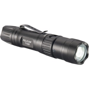 pelican-products-7100-led-tactical-flashlight-l-Sq