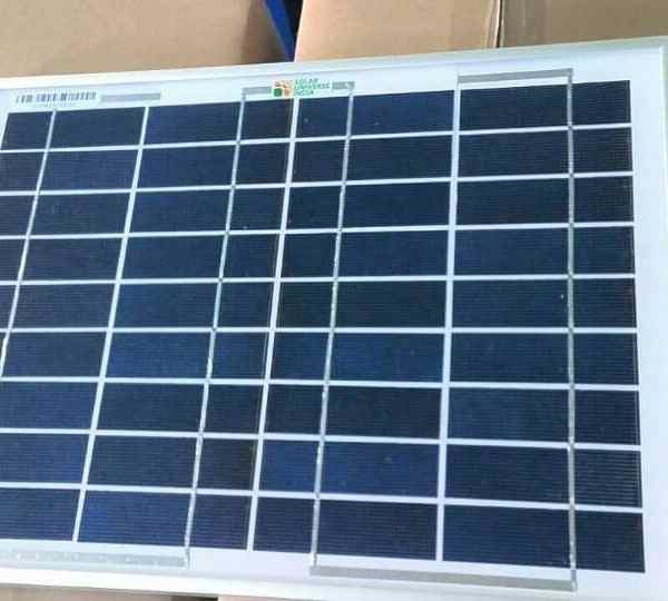 solar universe 20 watt solar panel with junction box and wire. Black Bedroom Furniture Sets. Home Design Ideas