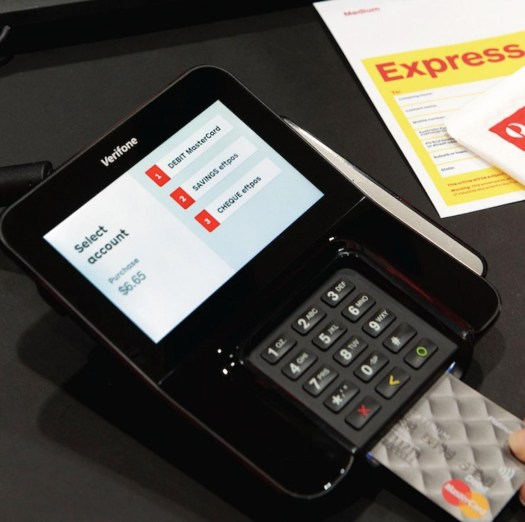 Verifone mx915_with_insert_card