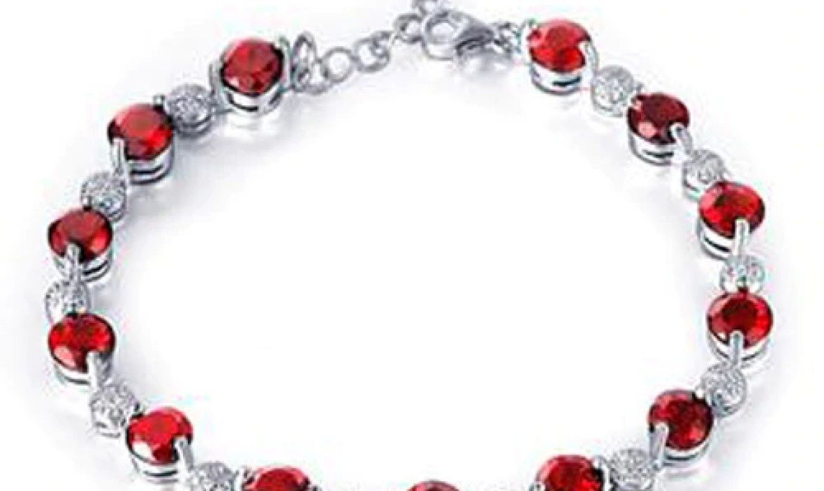 Sale Qi Xuan_Free Shipping Dark Red Stone Elegant Bracelets_S925 Solid Silver Fashion Bracelets_Manufacturer Directly Sales