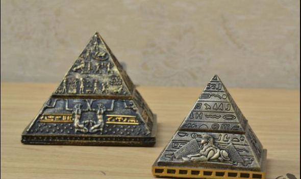 Ancient Egypt Khufu Pyramid model creative small ornaments decorative crafts jewelry box gift Home Furnishing Free shipping