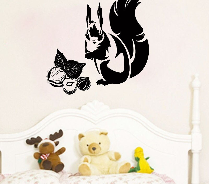 ZOOYOO Animals Wall Decals Squirrel Eating Nuts Kids Rooms Kitchen Decorations Wall Stickers Home Design