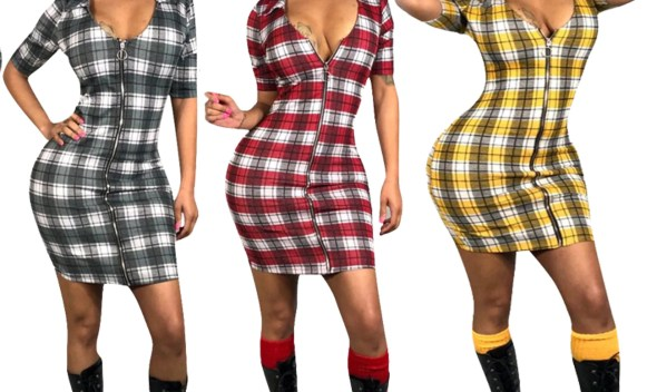 Spring and summer 2019 hot new style, fashion African style, hot sale plaid color V collar zip short sleeve sexy dress