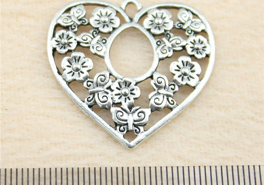 Sales Retail 1 Piece 29x30mm Flower Heart Charms Pendants For Neck Women Hot Sale