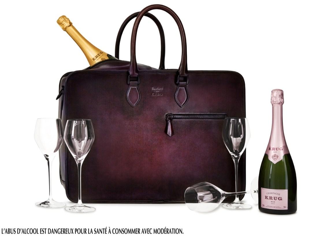 Le grand modèle, Long Journey, offre, quant à lui, six compartiments amovibles, quatre verres Joseph, présentés chacun dans une pochette en flanelle, accompagnent une bouteille de Krug Grande Cuvée et une bouteille de Krug Rosé.