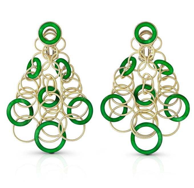 Buccellati, collection Hawaii, pendants d'oreille en or jaune et jade.