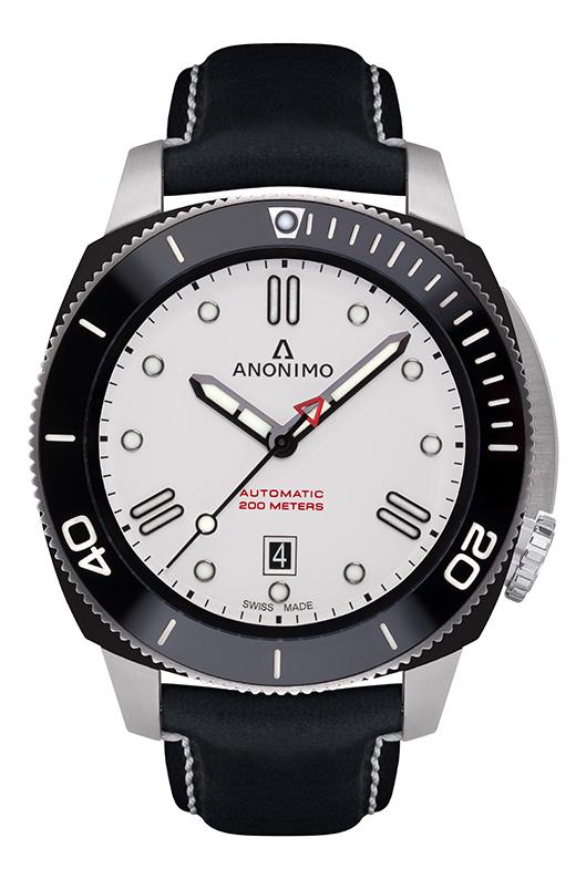 Nautilo Automatic Stainless Steel & DLC White dial.
