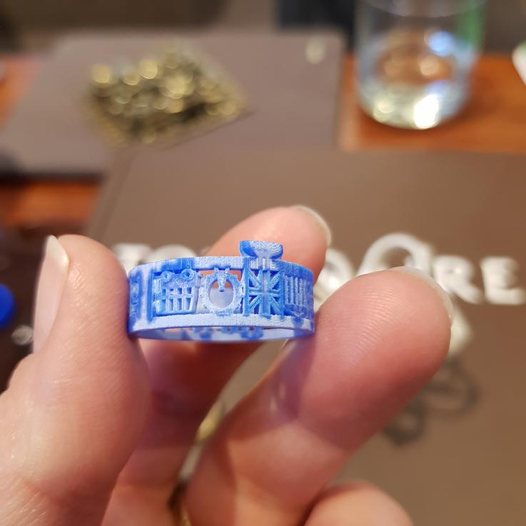 Design Your Ring. Maquettes en cire de l'anneau Architecture de Tournaire