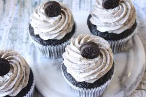 Chocolate cupcakes with Oreo frosting will please everyone