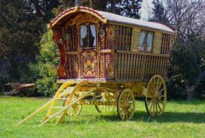Gypsy Wagon, Old School. Photo via AntiqueCarousels.Com