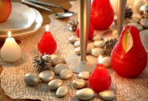 How about some more cute Pear Candles, this time in a glowing ivory or warm red color? Adorable small pears are scattered with larger pear candles for a charming effect. Museumoutlets.com