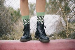 happy-socks-abraca-espontaneidade-do-verao_6
