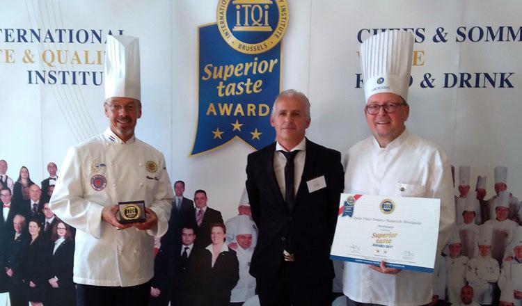 Montiqueijo recebe duas novas estrelas douradas Superior Taste Award