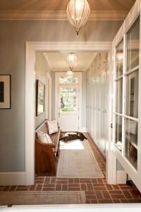 5 Ways To Decorate A Narrow Hallway - shoproomideas