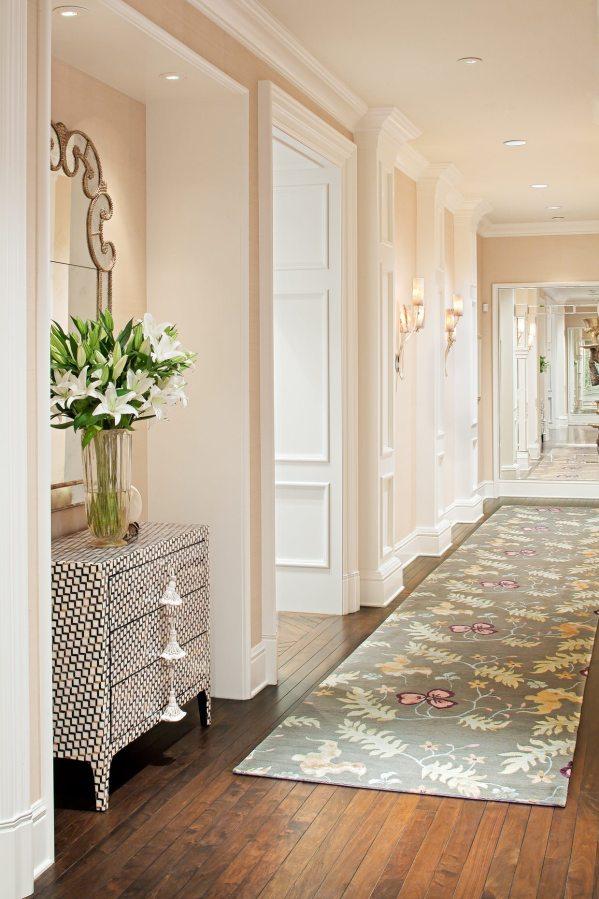 5 Ways Decorate Narrow Hallway - Shoproomideas