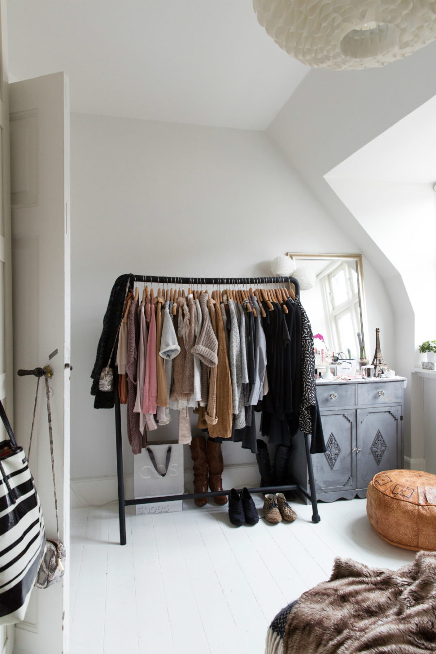 30 Chic and Modern Open Closet Ideas For Displaying Your Wardrobe  shoproomideas
