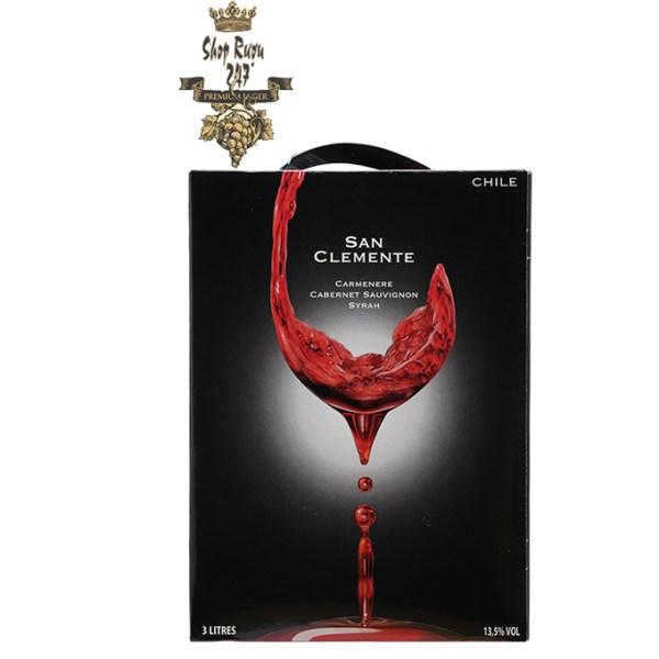 Rượu vang Bịch Rượu Vang Bịch Chile San Clemente 3L là loại rượu vang hảo hạng. Rượu khi nhìn sẽ thấy có màu đỏ đậm