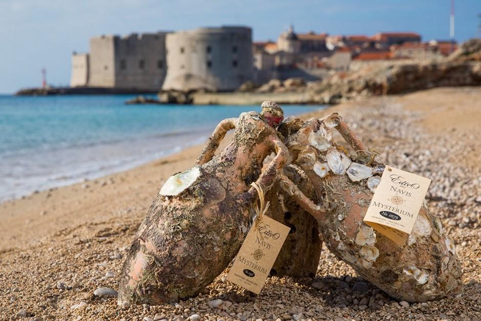 Rượu vang ủ dưới đáy biển