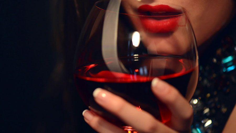những lợi ích tuyệt vời của rượu vang