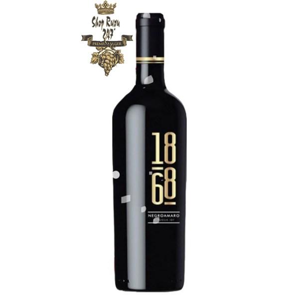 Rượu Vang Ý 1868 có màu đỏ tím đậm đẹp mắt, mùi hương phức hợp với điểm nhấn là vị cay, mứt anh đào và hoa quả. Một loại rượu trọn vị, nhẹ nhàng và cân bằng