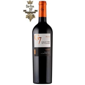 Rượu Vang Chile Đỏ G7 Reserva Carmenerecó mầu đỏ đậm ánh tím. Hương thơm phức hợp của quả mâm xôi, mận đen