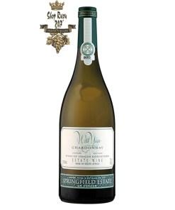 Rượu Vang Nam Phi Methode Ancienne Chardonnay có mầu vàng rơm tươi sáng. Hương thơm mạnh mẽ của bơ, mật ong