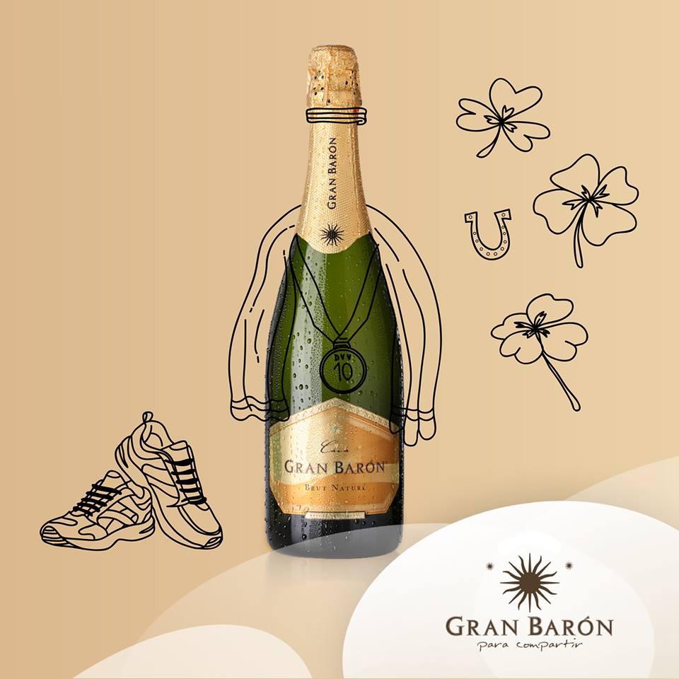 Vang Tây Ban Nha Gran Baron Cava Brut Nature Có mầu vàng nhạt ánh xanh.Hương thơm chín muồi và thoảng hương của hạnh nhân